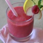 So schmeckt der Sommer: Pfirsich Himbeer Smoothie