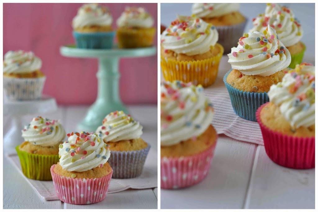 Funfetti Cupcakes Rezepte recipe Konfetti einfach easy lecker backen Backblog