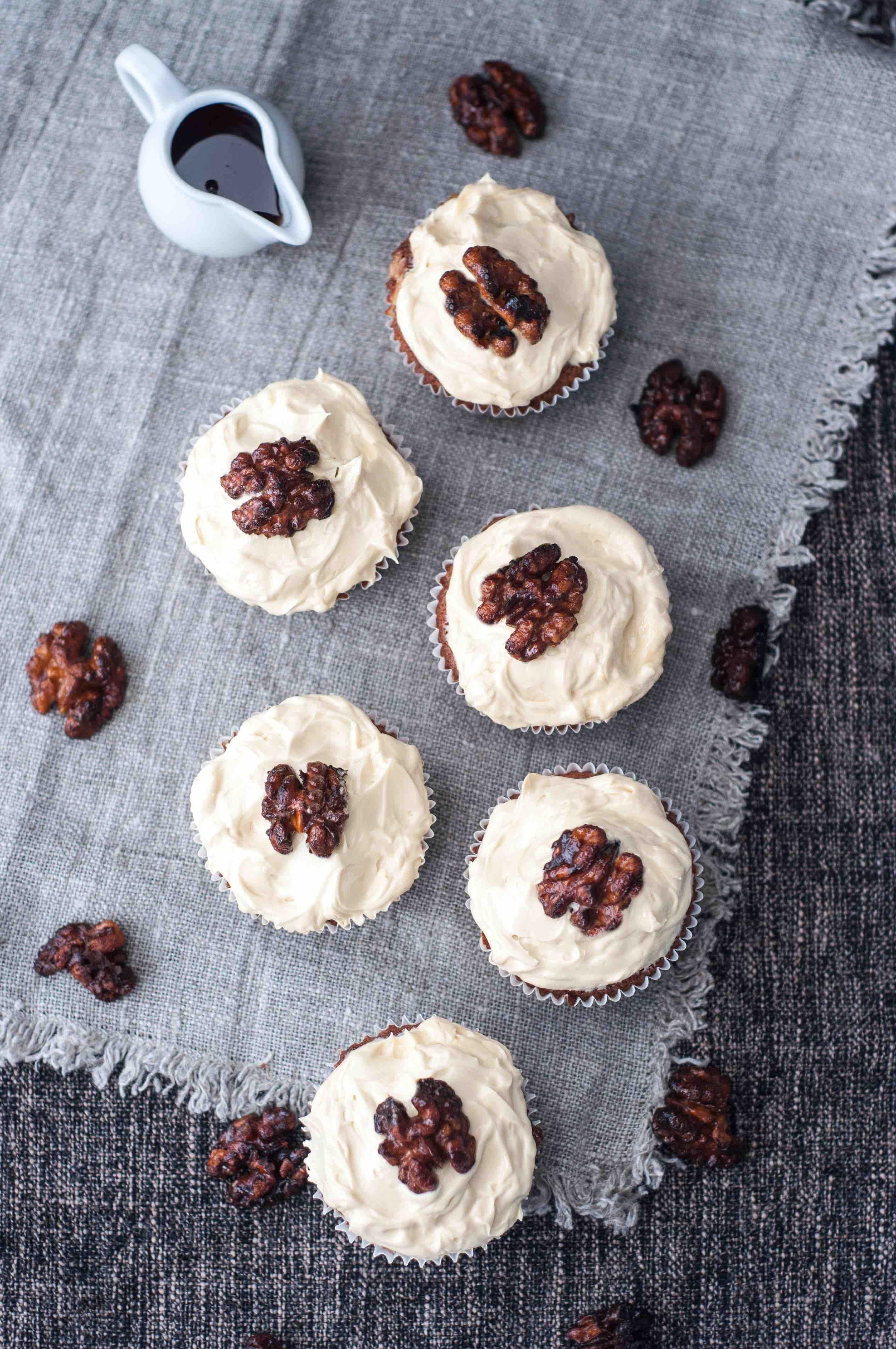 Birds_Like_Cake_Maple_Cupcakes3